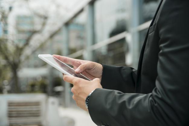 Saiba como rastrear seu veículo pelo celular